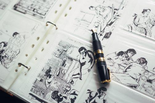 林文蔚用黑白線條,畫下如電影場景般的獄中故事。(圖片授權/小日子享生活誌)